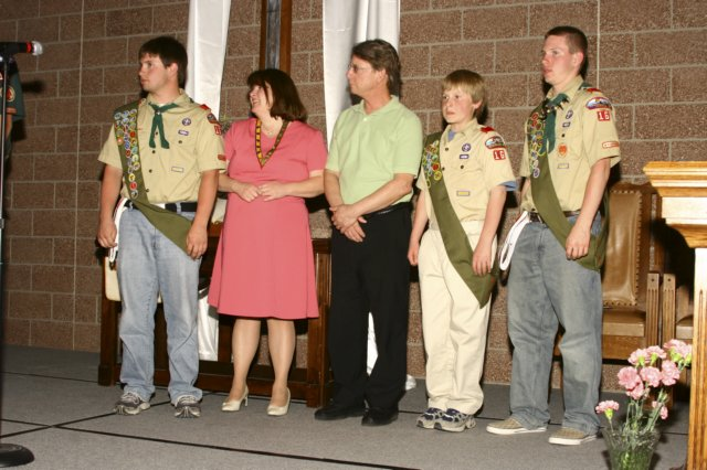 eaglescoutkriswithhisfamily